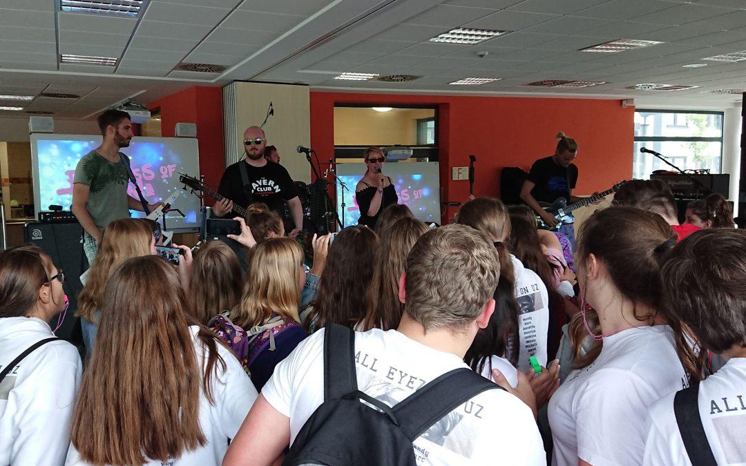 AK19 – Liveband beim ersten Sturm der Agnes-Wenke-Sekundarschule